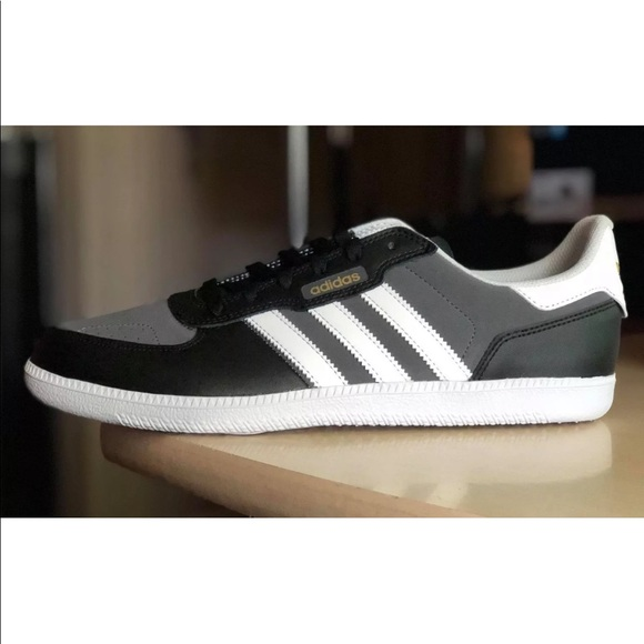 online store 2ab90 75c82 Men s Adidas Originals Leonero Skateboarding Shoes